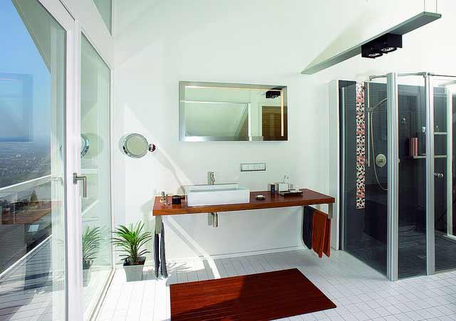 So schick kann ein barrierefreies Bad aussehen Foto: Flickr DAVINCI_BVM_LO_12 DAVINCI Haus