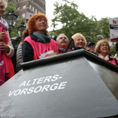 SPD hat Direktversicherte um die Altersvorsorge betrogen