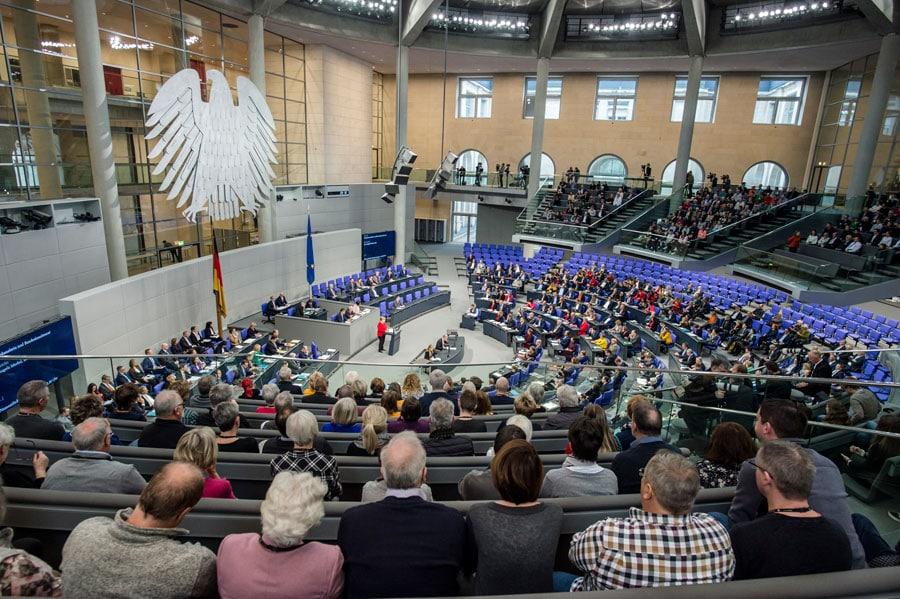 Entlastung Bild: Deutscher Bundestag / Marc-Steffen Unger