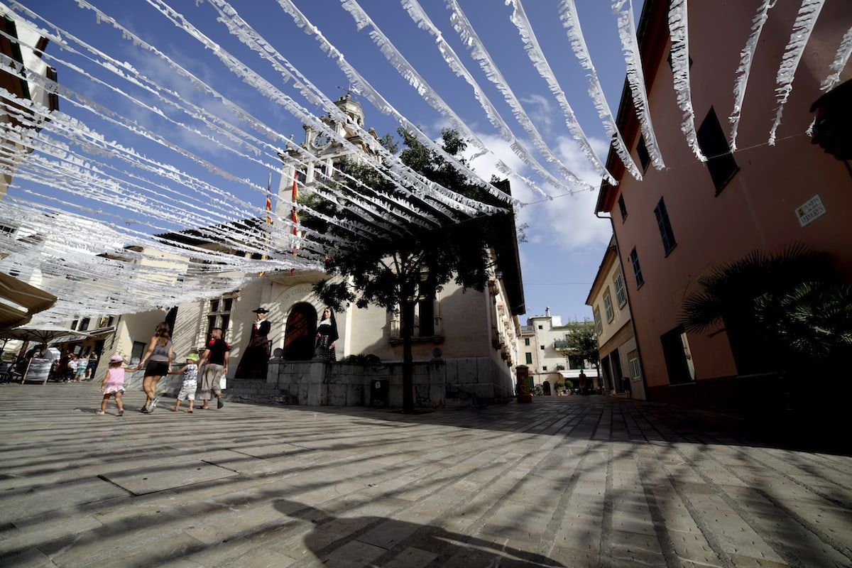 Fiestas Alcudia Isla de Mallorca Quelle: Turespaña