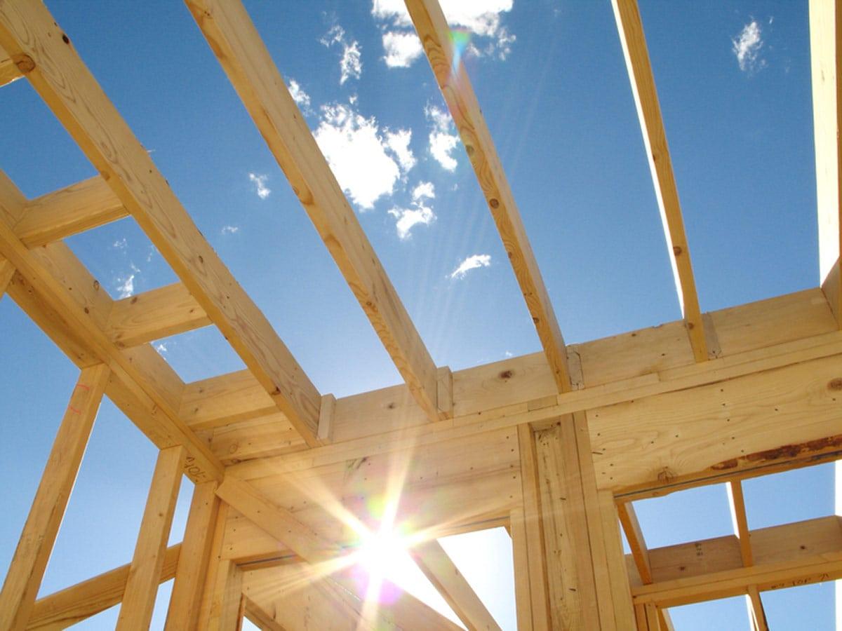 Hausbau im Alter Bild: ©istock.com/Double_Vision