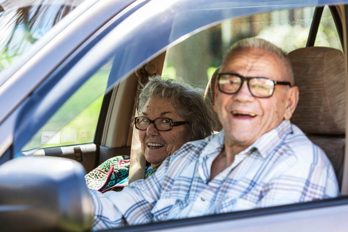Kfz-Versicherungspräminen checken kann sich lohnen ©istock.com/Willowpix