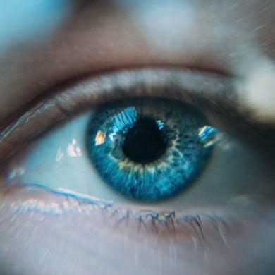 Kontrolle der Augen