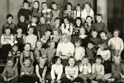 Erste Klasse der Ichoschule in Anfang der 60er-Jahre