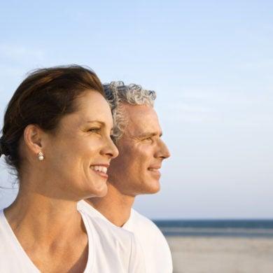 Couple on Bald Head Island, North Carolina beach. Paar am Strand #vorunruhestand Quelle: pixabay