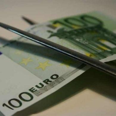 Von hundert Euro brutto bleibt netto nur die Hälfte übrig
