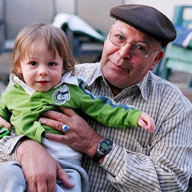 Wie sich Großeltern und Enkel gegenseitig unterstützen können