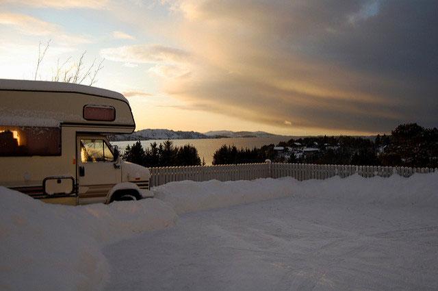 Wohin mit dem Wohnmobil im Winter? Drei Optionen im Check